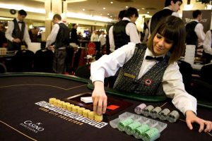 Main reasons why working in a casino is not attractive
